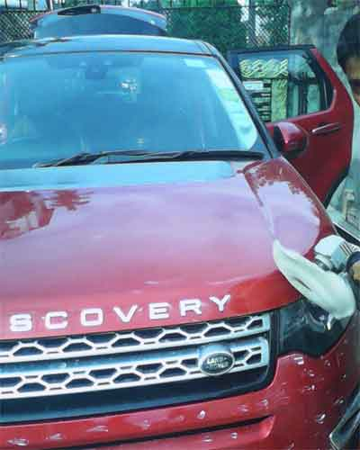 The Best Price Car Wash & Polish & Cleaning Service in Kolkata -The
